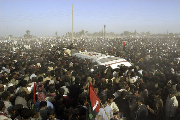 bhutto mourned.jpg (70676 bytes)